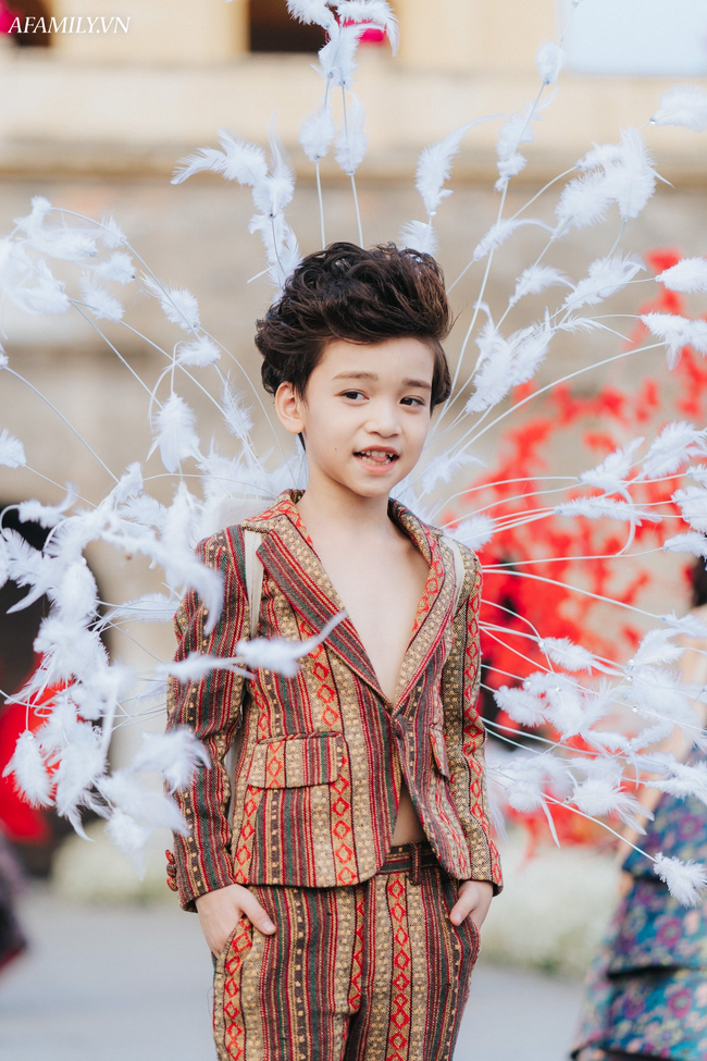 Mẹ Nam vương nhí Cao Hữu Nhật chia sẻ bí quyết nuôi dạy cậu con trai nổi tiếng, việc của con là theo đuổi đam - Ảnh 5.