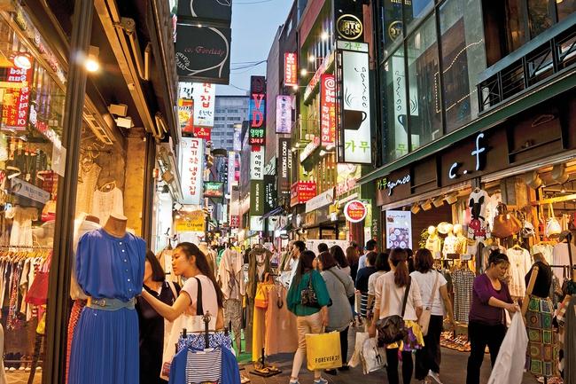 """""""Shibal biyong: Khi giới trẻ Hàn Quốc vung tiền mua niềm vui ngắn khi tương lai tậu nhà và xe quá xa xỉ, cách tự giải thoát khỏi áp lực hiệu quả - Ảnh 3."""