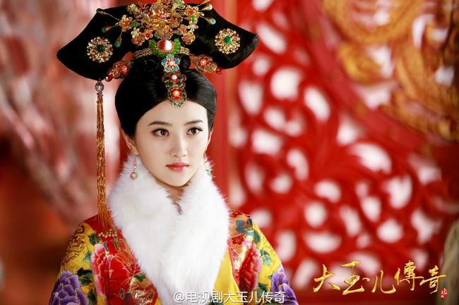 Chuyện về nữ nhân nhập cung lúc 15 tuổi, sinh con cho Hoàng đế Ung Chính đã 56 tuổi, thành góa phụ khi mới 21 tuổi và sống lẻ loi đến chết - Ảnh 1.
