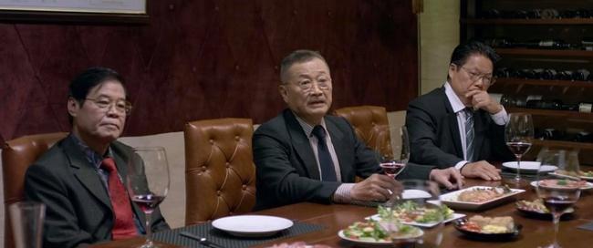 Tình yêu và tham vọng: Hoàng Thổ thua đau trước Phong cũng không khiến fan quan tâm vì Minh đã thừa nhận yêu Linh trước mặt mẹ mình - Ảnh 1.