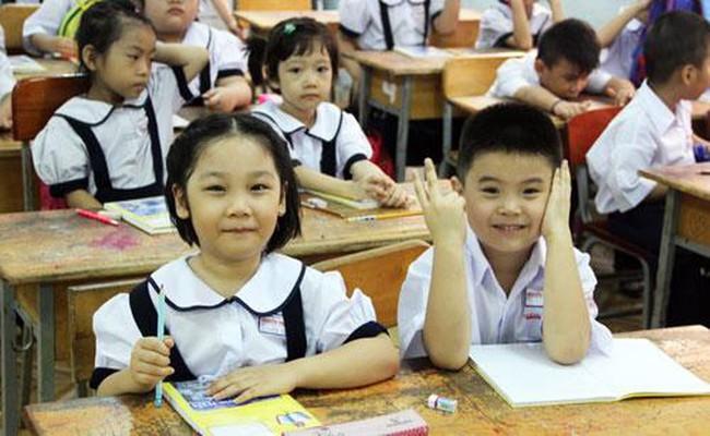 """Cho con học cấp 1 công lập, mẹ Hà Nội chỉ ra những """"điểm lợi"""" của trường công sẽ khiến nhiều cha mẹ đang chạy đua cho con vào trường tư giật mình - Ảnh 2."""