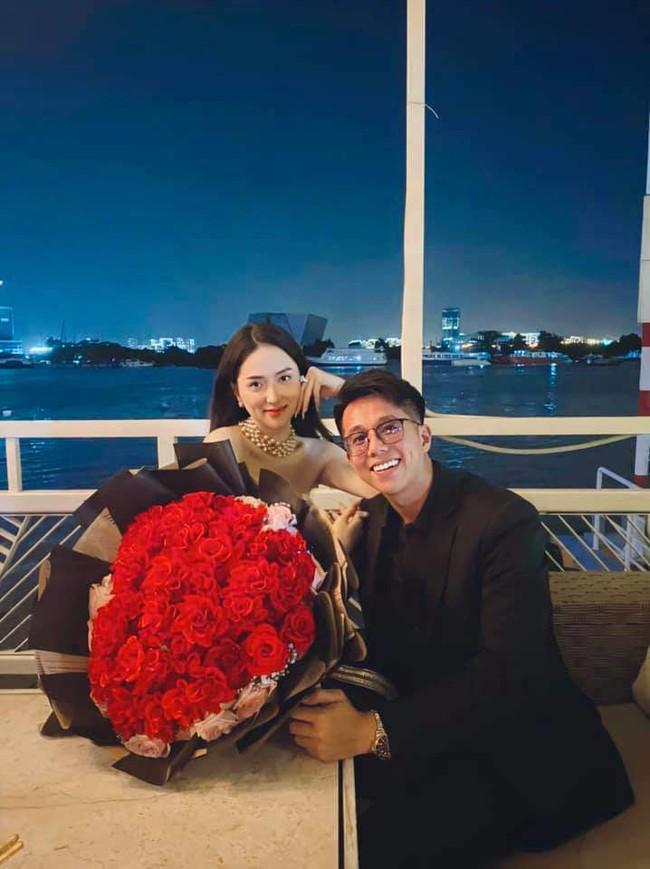 """Mới yêu 3 tháng mà Matt Liu đã cung phụng Hương Giang như bà hoàng, mọi hành động đến quà vật chất đều toát lên """"mùi đại gia"""" - Ảnh 3."""
