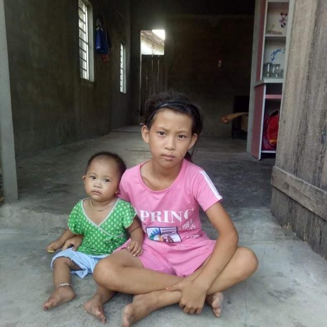 Mẹ mắc bệnh lạ, cơ thể nổi hàng nghìn khối u, bố bỏ đi biệt tích, hai đứa trẻ mịt mù tương lai - Ảnh 3.
