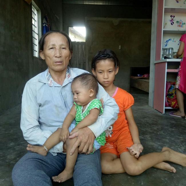 Mẹ mắc bệnh lạ, cơ thể nổi hàng nghìn khối u, bố bỏ đi biệt tích, hai đứa trẻ mịt mù tương lai - Ảnh 5.