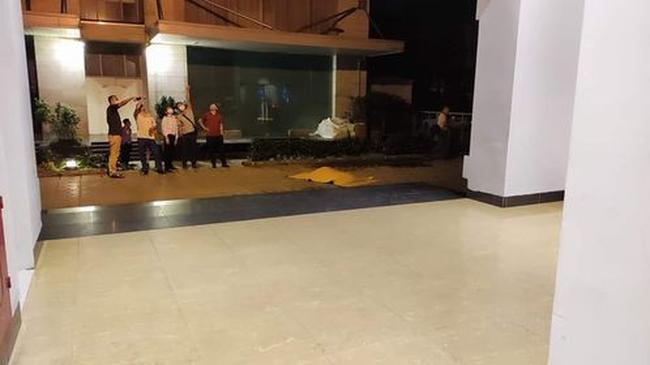 Hà Nội: Nam thanh niên rơi từ tầng 22 chung cư xuống đất tử vong - Ảnh 1.