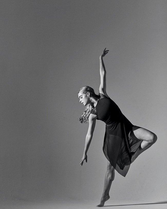 Bị chê đùi to, cô vũ công giảm cân thần tốc chỉ còn 25kg trông như bộ xương di động nhưng sắc vóc hiện tại khiến ai cũng ngỡ ngàng - Ảnh 11.