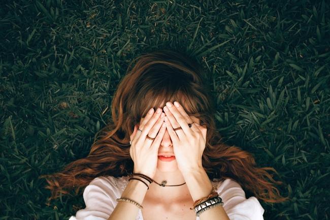 Người yêu cũ bất thình lình ghé thăm trong giấc mơ? Lời giải thích của chuyên gia sẽ khiến chị em bất ngờ vì những điều ẩn sâu trong tiềm thức của mình - Ảnh 1.