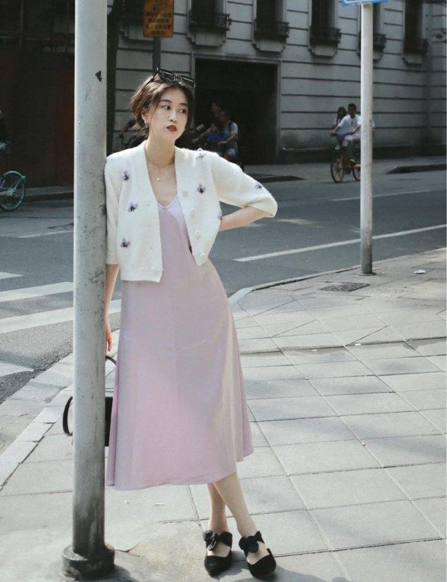 Street style Châu Á tuần này: Hội diện váy ôm sát chiếm thế áp đảo, toàn các chị em khoe body cực phẩm  - Ảnh 13.