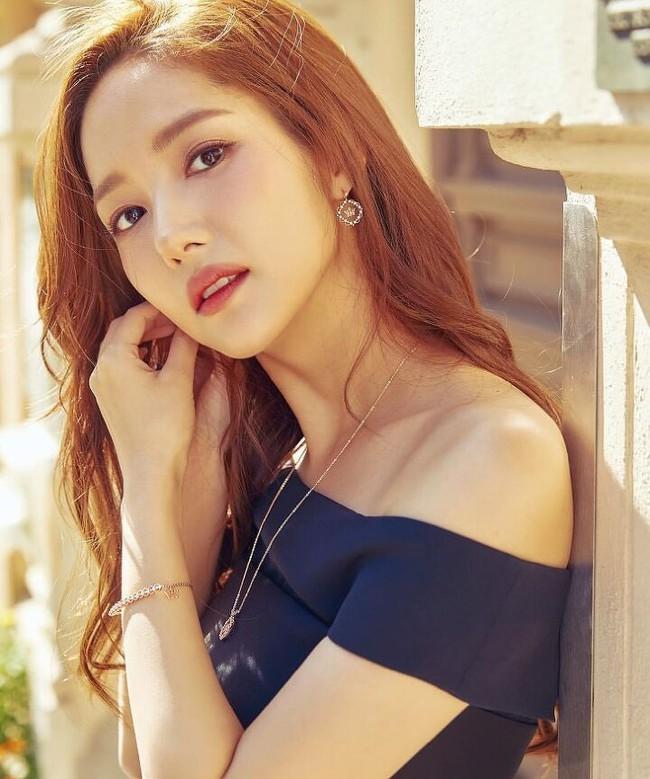 """BXH mỹ nhân Hàn Quốc đẹp nhất trong mắt người nước ngoài: Son Ye Jin và Suzy bất ngờ về chót, """"trùm cuối hóa ra là người này - Ảnh 3."""