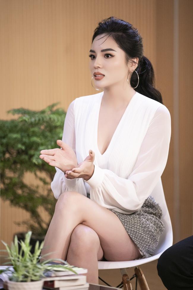 Siêu mẫu Hà Anh tuyên bố đuổi chồng khỏi Việt Nam nếu phát hiện ra tiểu tam - Ảnh 7.