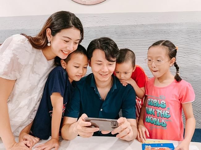 Á hậu Thúy  Vân làm việc ở những tháng cuối thai kỳ, đáng chú ý là chồng đại gia luôn bên cạnh - Ảnh 5.