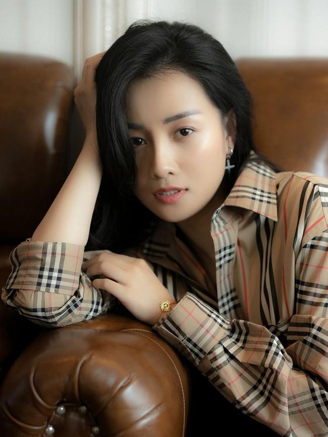 """Hậu nghi vấn """"đường ai nấy đi"""" với Thùy Dung, MC Quỳnh Chi bất ngờ tuyên bố bản thân là """"gái thẳng"""" yêu những gì thuận theo tự nhiên - Ảnh 2."""