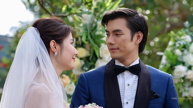 """""""Tình yêu và tham vọng"""" kết thúc viên mãn: Linh thay vị trí của Tuệ Lâm, cả đám cưới náo loạn vì cô dâu đi đẻ - Ảnh 8."""