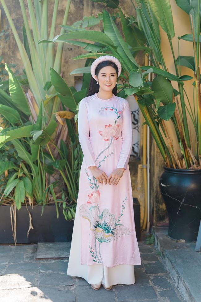 Sắp đến ngày chay, Hoa hậu Ngọc Hân lại trổ tài làm mì xào chay đầy sắc màu khiến chị em rần rần học theo - Ảnh 7.