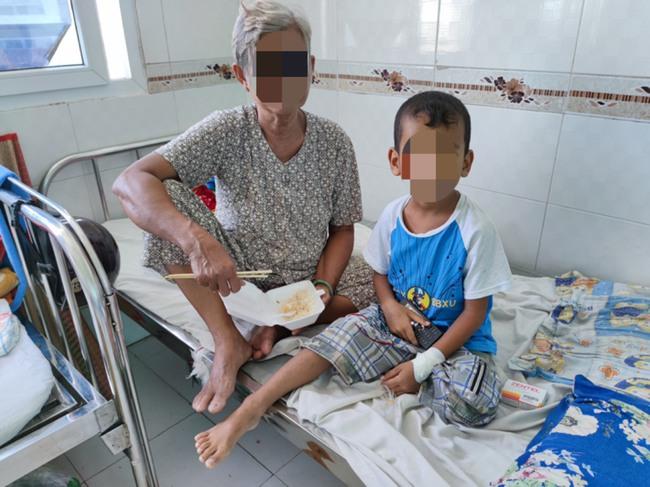 3 bé trai bị viêm màng não do tác nhân hiếm gặp là viêm màng não do kí sinh trùng - Ảnh 1.
