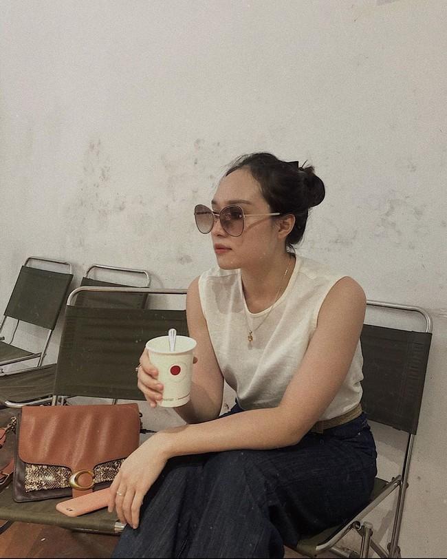 Đợt gió mùa Đông Bắc đầu tiên ùa về Hà Nội và nỗi dấm dứt của hội chị em: Thế này mà không bùng việc đi cà phê thì có lỗi với thời tiết quá! - Ảnh 6.