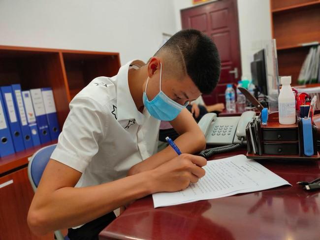 """Trái tim """"ấm nóng"""" của chàng trai hiến đa tạng tại Bắc Giang hồi sinh trong lồng ngực của bệnh nhi 11 tuổi - Ảnh 1."""