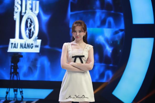 """Trấn Thành quát lớn mắng Hari Won trên sóng truyền hình: """"Mày bị điên hả"""" - Ảnh 5."""