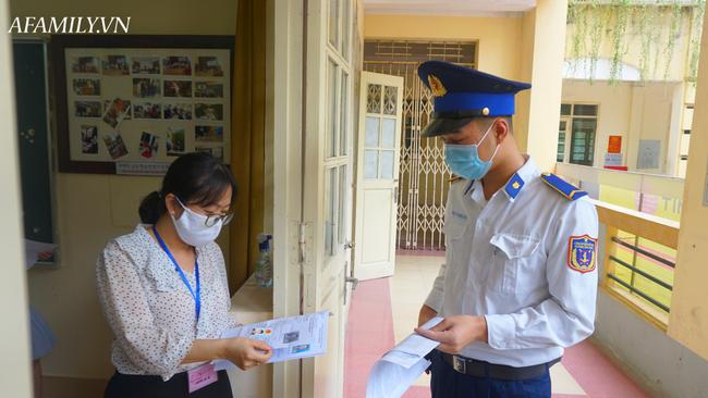 Địa điểm tổ chức thi tốt nghiệp THPT đợt 2 tại Hà Nội, chỉ 7 thí sinh dự thi, trong đó có 4 thí sinh từng trong diện F2 và 3 thí sinh tự do - Ảnh 7.
