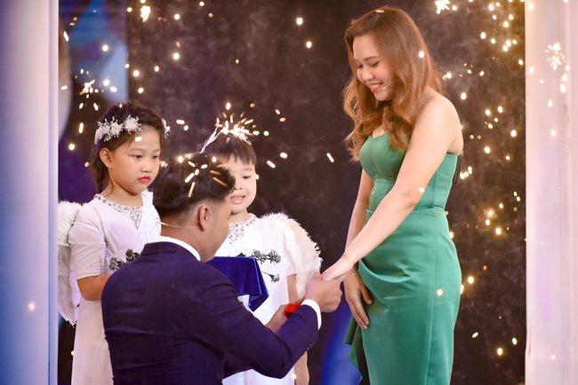 Mẹ đơn thân được chàng trai 24 tuổi cầu hôn ở show mai mối của Xuân Bắc - H'Hen Niê  - Ảnh 8.
