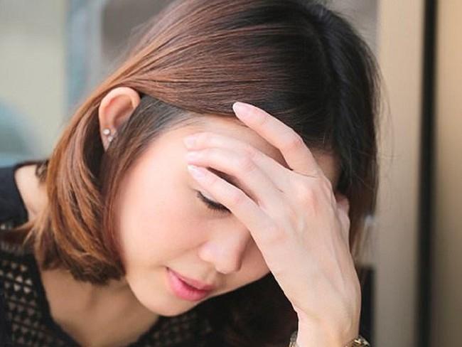 Đang ăn kiêng giảm mỡ mà cơ thể xuất hiện 7 dấu hiệu này, chị em cần ngưng ngay lập tức kẻo gây nguy hại sức khỏe về sau - Ảnh 2.