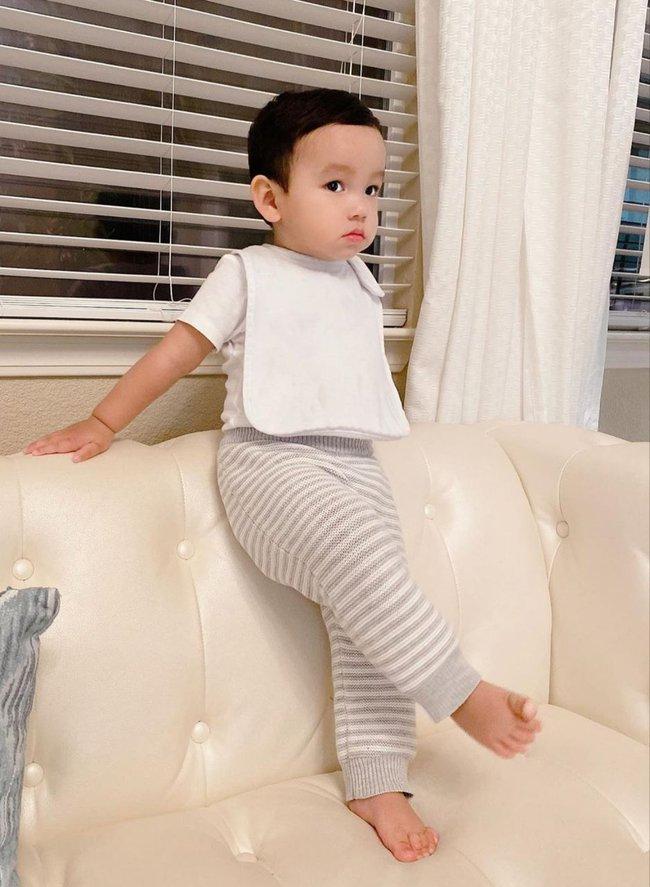 """Mới đó mà con trai Phạm Hương đã lớn cỡ này, nhìn cậu ấm ai cũng ngưỡng mộ cách nuôi con của """"Hoa hậu quốc dân"""" - Ảnh 4."""