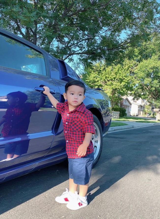 """Mới đó mà con trai Phạm Hương đã lớn cỡ này, nhìn cậu ấm ai cũng ngưỡng mộ cách nuôi con của """"Hoa hậu quốc dân"""" - Ảnh 11."""