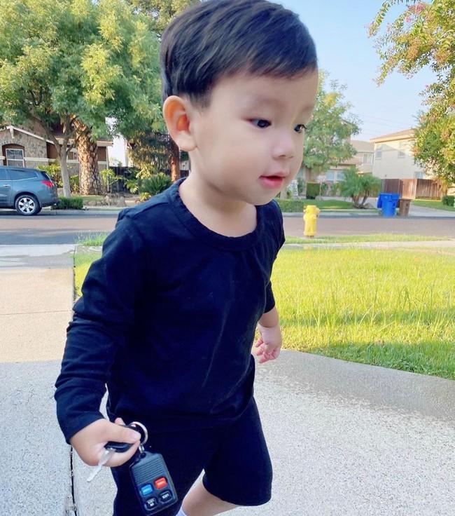 """Mới đó mà con trai Phạm Hương đã lớn cỡ này, nhìn cậu ấm ai cũng ngưỡng mộ cách nuôi con của """"Hoa hậu quốc dân"""" - Ảnh 10."""