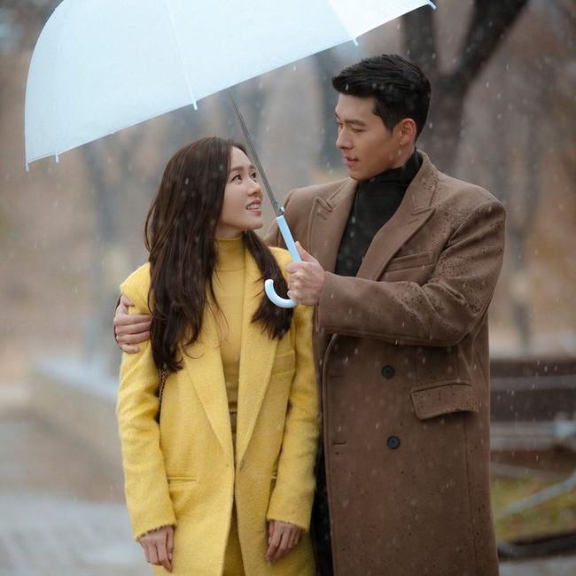 """Chỉ còn vài ngày nữa là tới sinh nhật tuổi 38 của Hyun Bin, Son Ye Jin bất ngờ có động thái mới sau gần 2 tháng """"lặn mất tăm"""" khỏi MXH - Ảnh 3."""