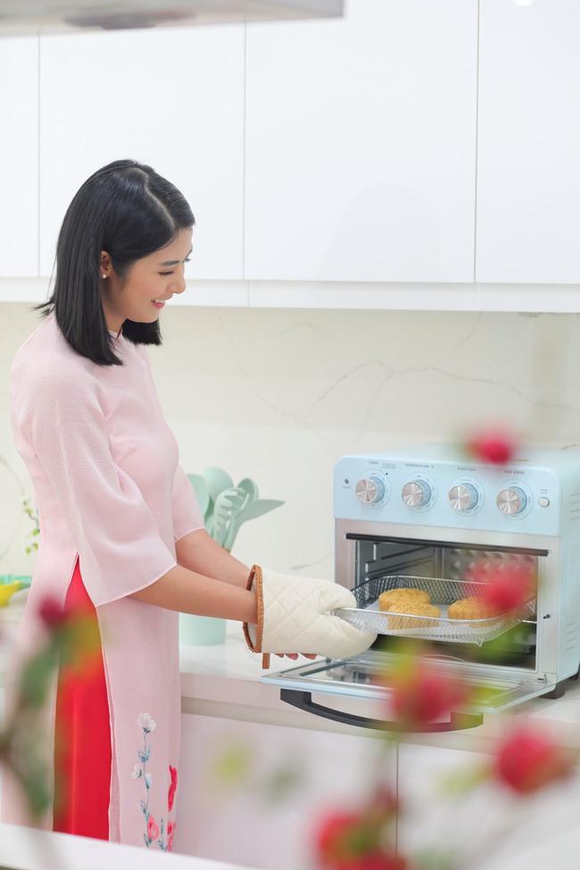 Hoa hậu trổ tài làm bánh Trung thu đẹp lung linh khiến cộng đồng mạng rần rần bão like - Ảnh 11.