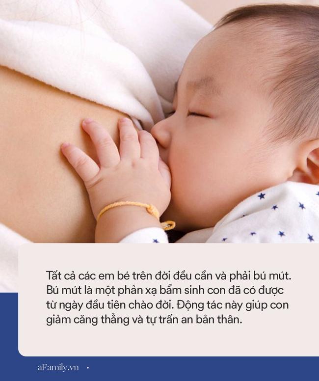 Con 1 tuổi mà vẫn cần ti mẹ thì mới ngủ liệu có ổn không? Đây là câu trả lời của chuyên gia