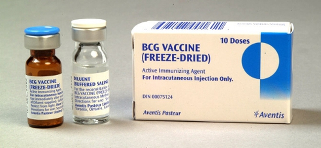 Trước ngày đầy tháng con, bố mẹ cần nhớ đưa bé đi tiêm mũi vắc xin phòng bệnh này - Ảnh 1.