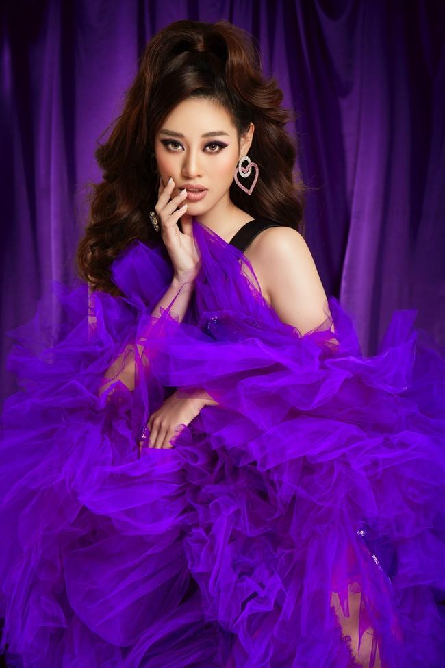 """Hoa hậu Khánh Vân gây ấn tượng khi hóa thân thành """"drag queen"""" cùng Lynk Lee dành tặng cộng đồng LGBTQ+ - Ảnh 3."""