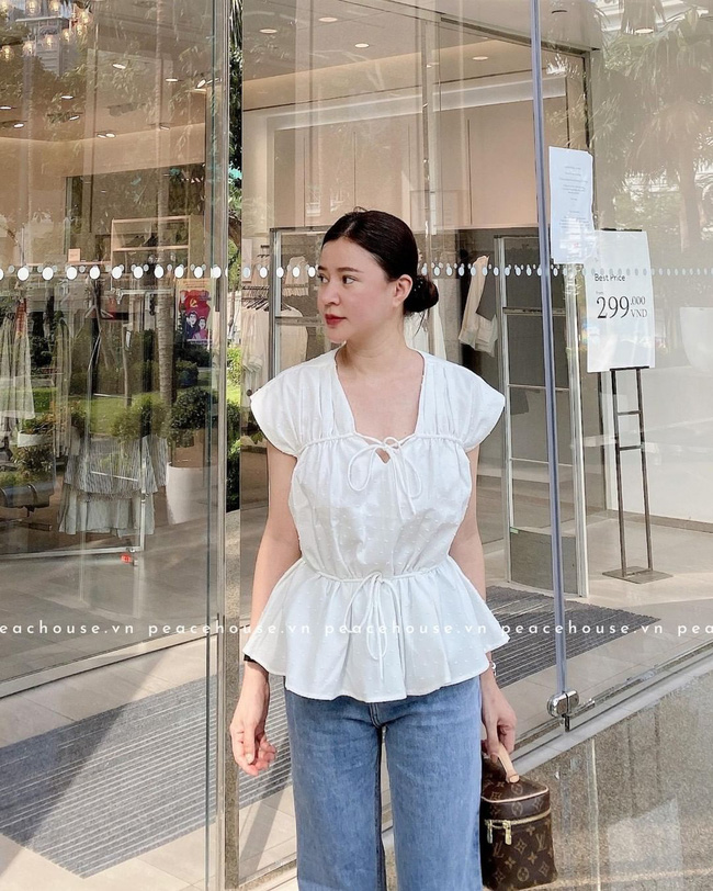 Phu nhân thượng nghị sĩ và cũng là bạn thân Hà Tăng: Chẳng ai nghĩ là 35 tuổi, xem ảnh học được bao nhiêu cách mặc đồ trắng đẹp sang chảnh  - Ảnh 9.