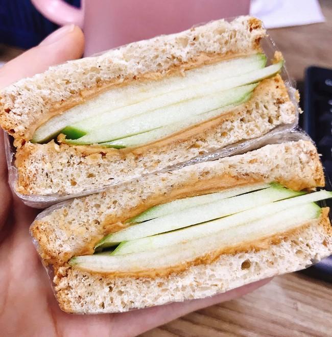 9x có làn da mịn không tì vết chia sẻ 9 cách ăn bánh mì cho bữa sáng lành mạnh mà chế biến cực nhanh! - Ảnh 3.