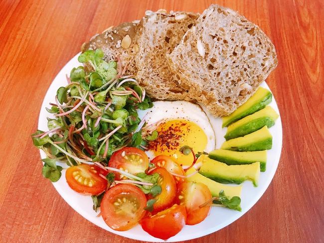 9x có làn da mịn không tì vết chia sẻ 9 cách ăn bánh mì cho bữa sáng lành mạnh mà chế biến cực nhanh! - Ảnh 7.