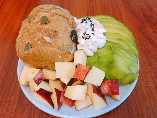 9x có làn da mịn không tì vết chia sẻ 9 cách ăn bánh mì cho bữa sáng lành mạnh mà chế biến cực nhanh! - Ảnh 11.