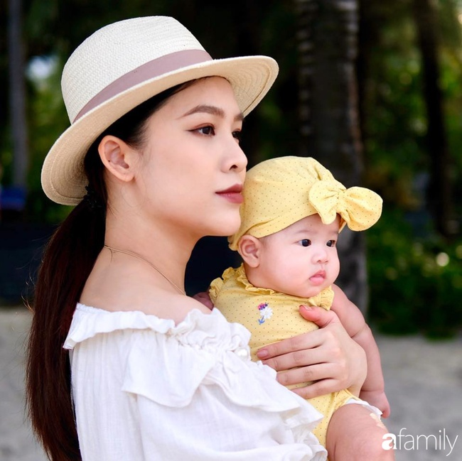 """""""Phù thủy make-up"""" Quách Ánh kể chuyện làm mẹ bỉm sữa: Trở lại công việc sớm giúp giảm stress sau sinh, - Ảnh 2."""