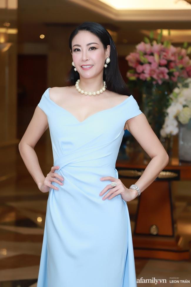 """""""Bóc trần"""" nhan sắc thật của dàn Hoa hậu, Á hậu Việt Nam qua ảnh chưa photoshop, bất ngờ nhất là vẻ già dặn của Tiểu Vy - Ảnh 7."""
