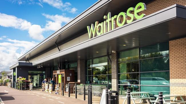Gây phẫn nộ vì bán nhánh lá cây mọc đầy ngoài đường với giá 177k, chuỗi siêu thị nổi tiếng còn bị bóc loạt phốt trong quá khứ - Ảnh 3.