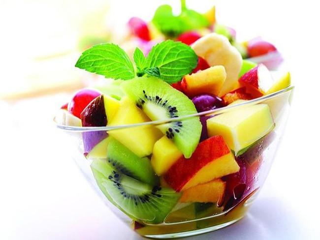 Những thói quen trong ăn uống hầu hết mọi người đều có, thực sự đang khiến sức khỏe bị tổn thương - Ảnh 8.