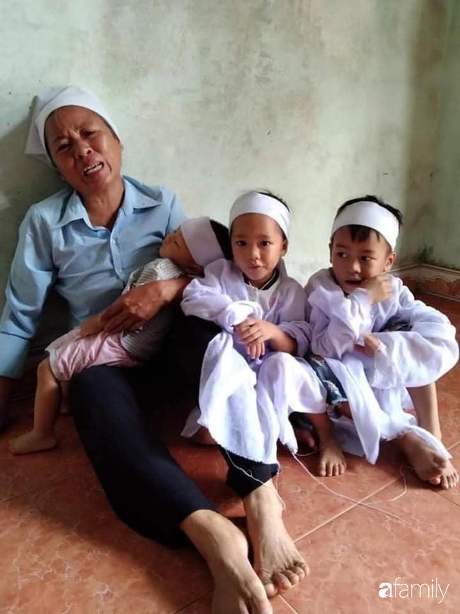 Vụ chồng ghen tuông hoang tưởng đâm vợ tử vong ở Nghệ An: Nhói lòng cảnh 3 đứa con thơ khát sữa, gào khóc đòi mẹ - Ảnh 3.