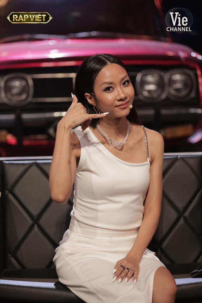 """Rap Việt: Gừng - Tage đối đầu cực căng nhưng màn lột xác quyến rũ của """"chị đại"""" Suboi mới là điều gây chú ý - Ảnh 4."""