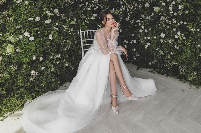 Ninh Dương Lan Ngọc diện váy cô dâu đẹp ngỡ ngàng, khoe visual đỉnh khiến dân tình tròn mắt - Ảnh 4.