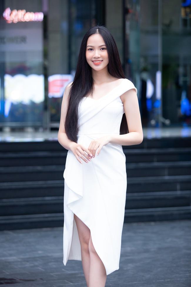 """Lộ diện 30 gương mặt lọt vòng Bán kết Hoa hậu Việt Nam 2020, nhan sắc nổi bật """"bất phân thắng bại"""" - Ảnh 12."""