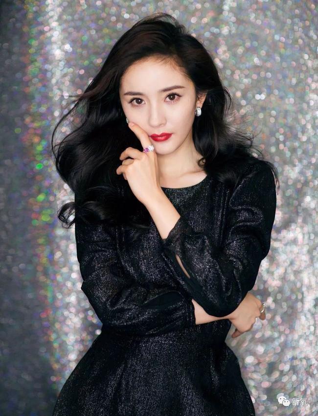 Dương Tử - Dịch Mịch bị loại, Ngu Thư Hân lọt Top bình chọn Nữ thần Kim Ưng, netizen nổi giận chỉ trích nặng nề  - Ảnh 6.