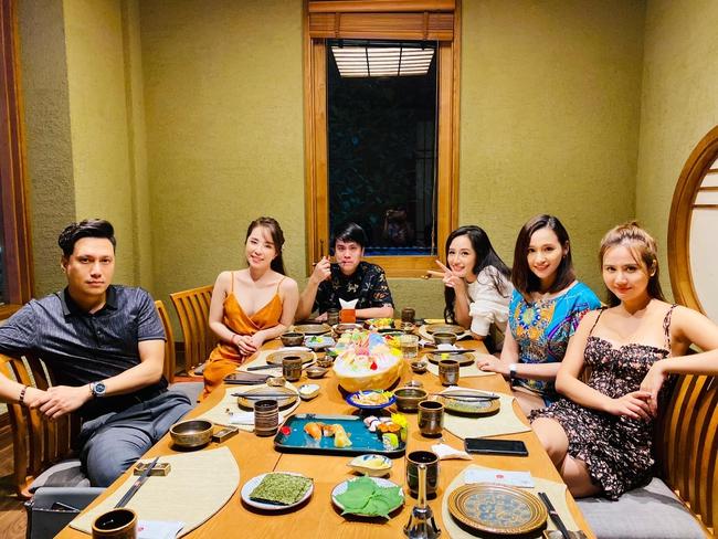 Dàn mỹ nhân Hà Thành tụ tập nhưng vòng 1 của Quỳnh Nga chiếm hết spotlight, đến Mai Phương Thúy cũng bị lép vế - Ảnh 3.