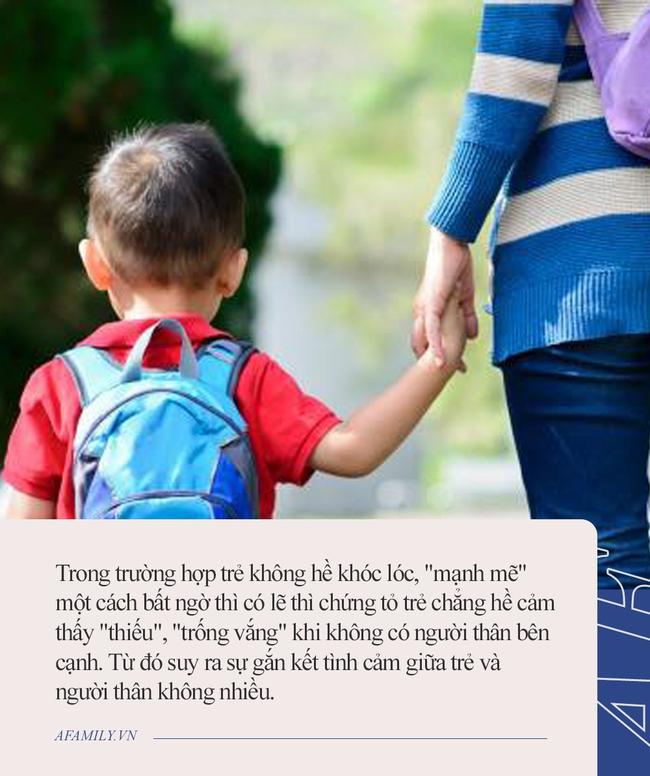 """Con đi học mẫu giáo không hề khóc, mẹ hớn hở khoe với cả xóm """"Cháu nó tự lập lắm"""" mà không ngờ nguyên nhân đằng sau thật choáng váng - Ảnh 1."""