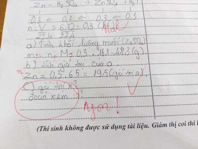 """Nam sinh viết gì trong đáp án kiểm tra mà thầy giáo phải phê """"Ngon!"""" thế kia? - Ảnh 1."""
