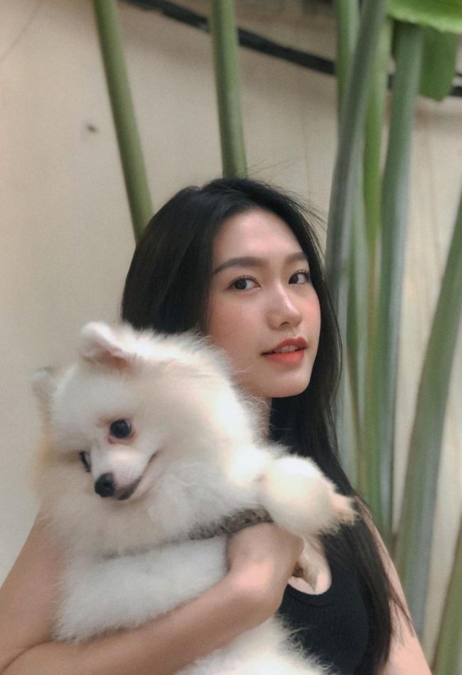 Soi nhan sắc đời thường của dàn thí sinh Hoa hậu Việt Nam 2020: Hầu như ai cũng có sự khác biệt với ảnh dự thi, thậm chí còn lộ gương mặt già hơn tuổi - Ảnh 17.